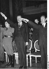 Fischer 1934 Berlin,_Kundgebung_an_der_Universität